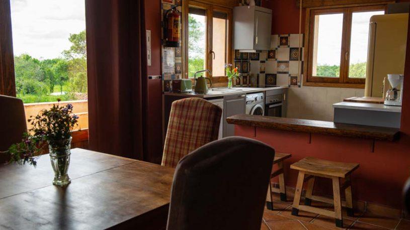 Casita La Charada: Cocina - salón/comedor